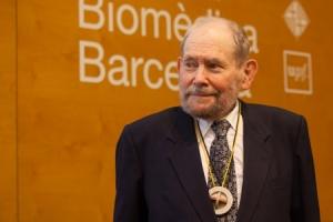 Sydney Brenner_Nobel. 2jpg