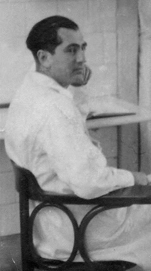 Dr, Erwub Hedjekuys
