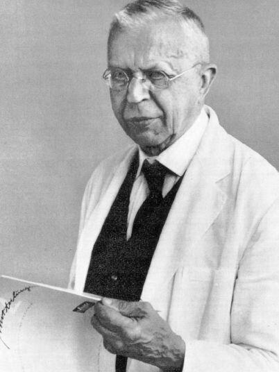 Dr. Julius Hallervorden