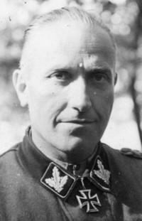 Dr. Hermann Pfannmuller